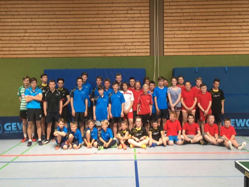 Das Teilnehmerfeld beim diesjährigen Jugend-Kreisklassen-Cup Tauberfranken in Weikersheim.
